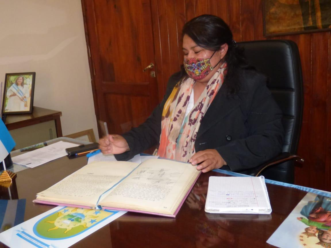 CERRILLOS- Nélida Torres asumió la intendencia