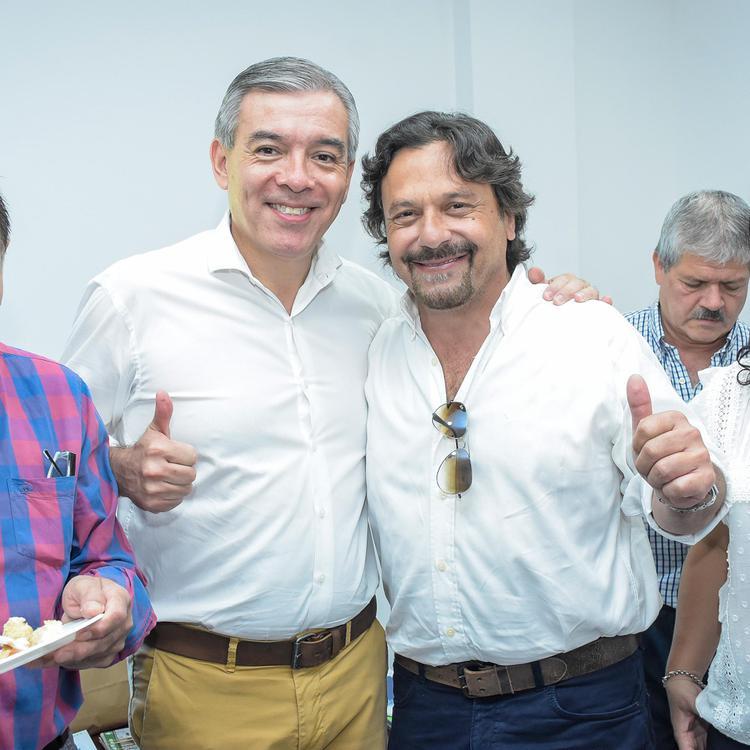 Pablo González con Sáenz 002