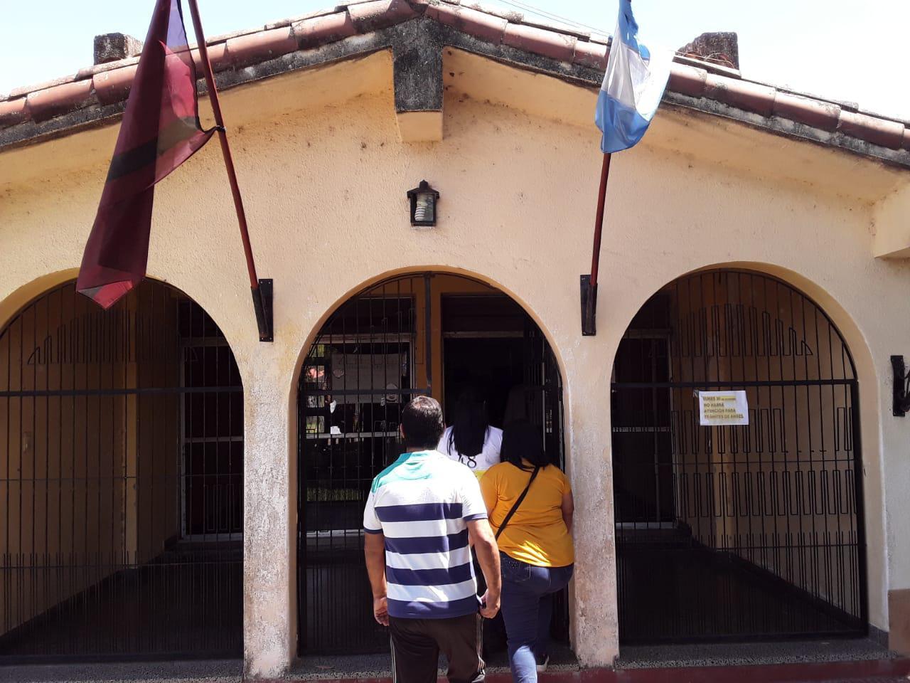 Aguaray paro total de ATE municipal- Fermín Hoyos (7)