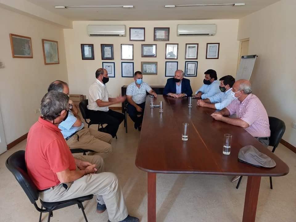 Cánepa con intendentes de Anta en Apolinario Saravia